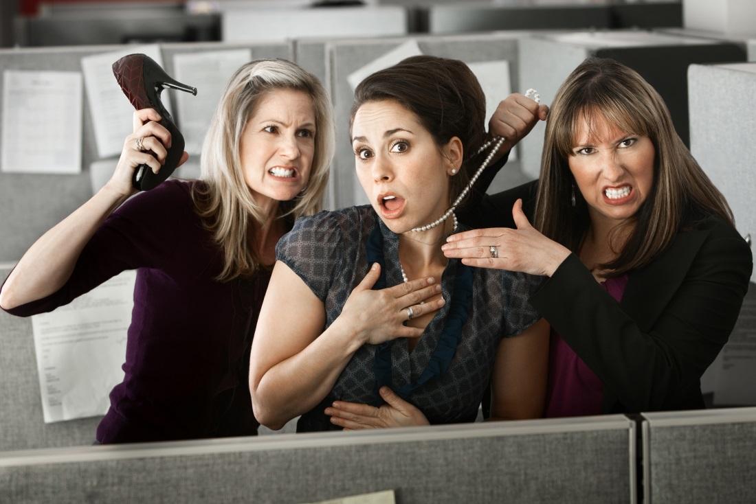 Как выжить в коллективе женщин