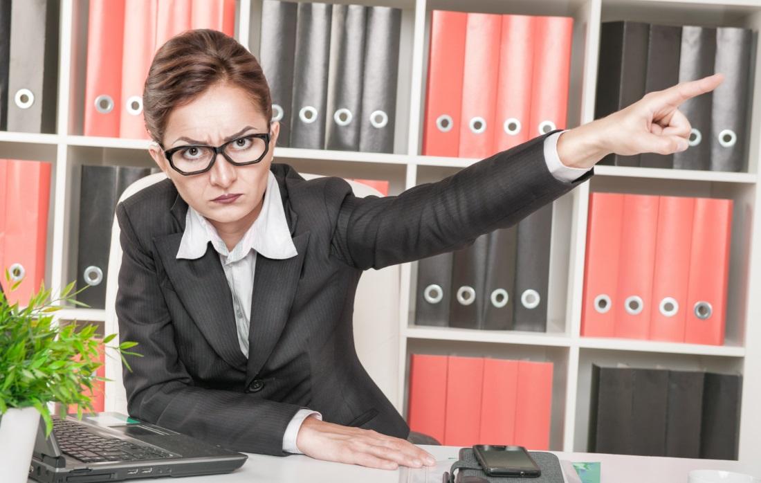 Почему женщинам труднее подчиняться пчеломатке чем боссу-мужчине
