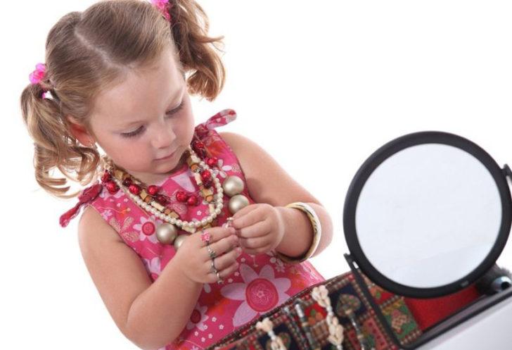 Бижутерия для дочери Стоит ли ее покупать