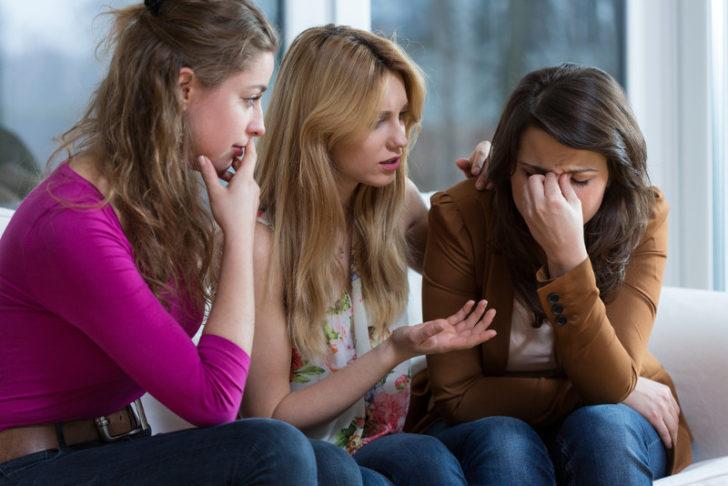 Как правильно вести себя с нытиками