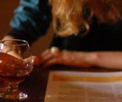 Маски с алкоголем преобразят ваши локоны