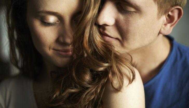 Три простых способа удалить неприятные запахи с волос