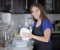 Мытье посуды снимает стресс